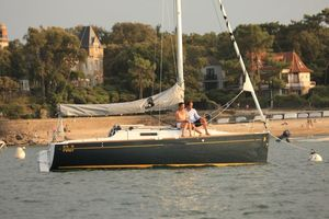 New Beneteau First 25 Daysailer Sailboat For Sale