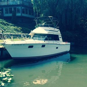 Used Carver 32 Convertible Fishing Boat For Sale