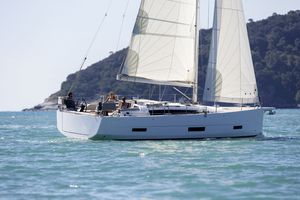 New Dufour 390 Grand Large Racer and Cruiser Sailboat For Sale