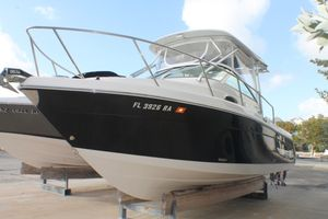 Used Robalo R265WA Walkaround Fishing Boat For Sale