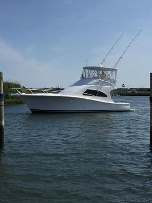 Used Luhrs 41 Convertible Flybridge Boat For Sale