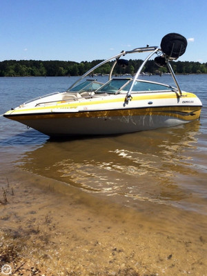 Used Crownline 192 BR Ski and Wakeboard Boat For Sale