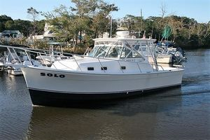 Used Mainship Pilot 30 Cruiser Boat For Sale