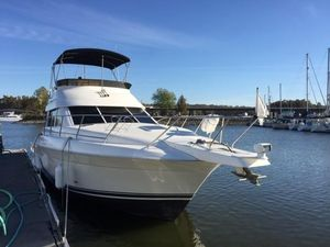 Used Silverton 37 Convertible Cruiser Boat For Sale