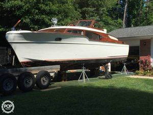 Used Chris-Craft 32 Commander Express Cruiser Boat For Sale