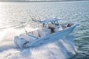 New Everglades 335 CC Center Console Fishing Boat For Sale