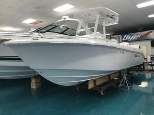 New Everglades 235 CC Center Console Fishing Boat For Sale