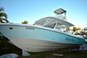 Used Everglades 355 CCX Sports Fishing Boat For Sale