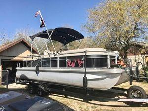 Used Bennington 24 SBRX Pontoon Boat For Sale