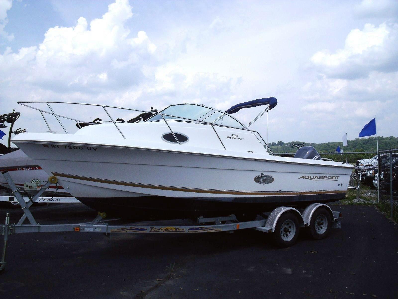 2000 used aquasport 215 explorer saltwater fishing boat for Saltwater fishing boats for sale