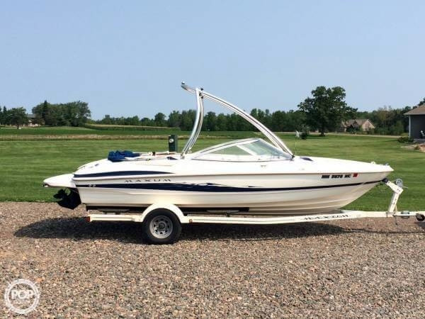 Used Maxum 2000 SR Ski and Wakeboard Boat For Sale