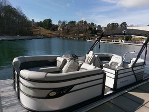 New Crest III 220 Pontoon Boat For Sale