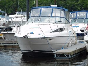 Used Bayliner 305 Cruiser Boat For Sale