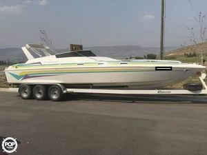 Used Carrera 31 Elan High Performance Boat For Sale