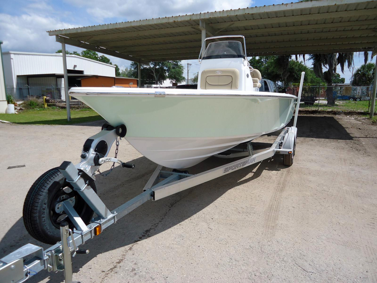 New Sportsman Boats MASTERS 227 Bay Boat For Sale