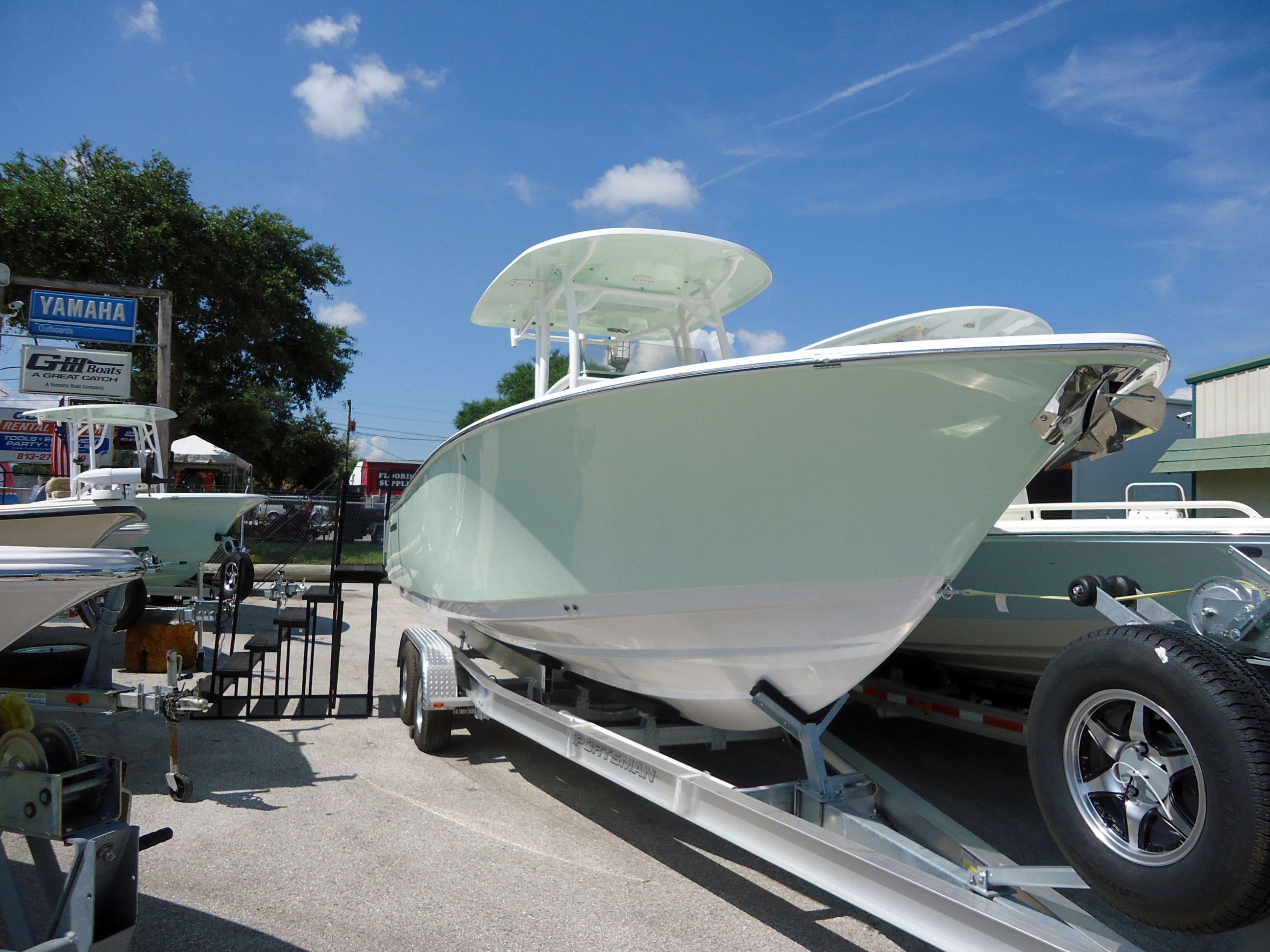 New Sportsman Boats Heritage 251 Center Console Center Console Fishing Boat For Sale
