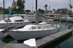 Used Islander 30 Sloop Daysailer Sailboat For Sale