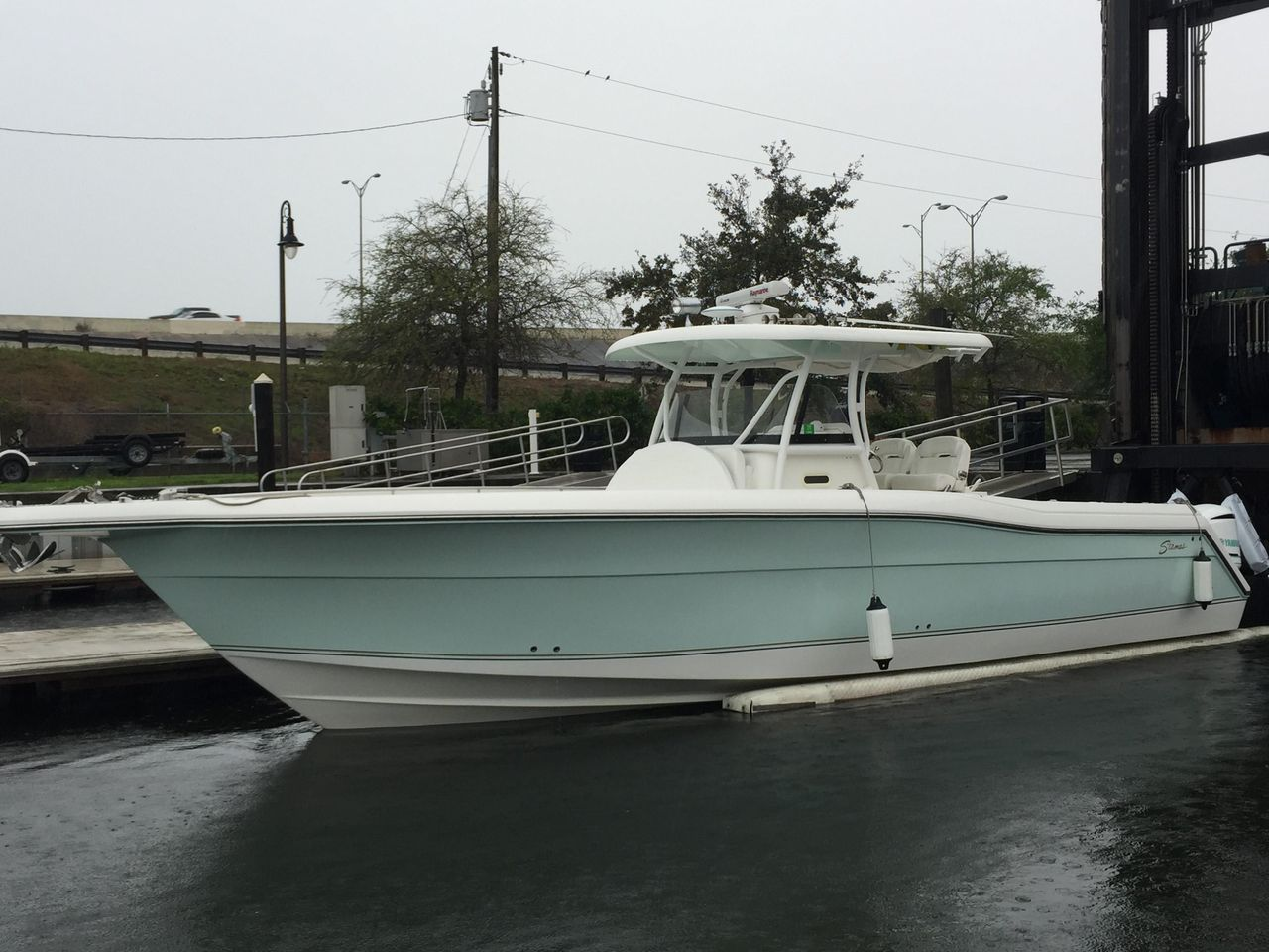 2016 Used Stamas 390 Tarpon Center Console Fishing Boat For