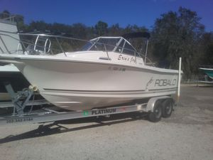 Used Robalo 2140 Walkaround Center Console Fishing Boat For Sale