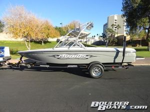 Used Moomba Mobius LSMobius LS Ski and Wakeboard Boat For Sale