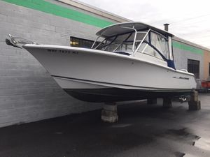 Used Sea Hunt 250 LE Escape Cruiser Boat For Sale