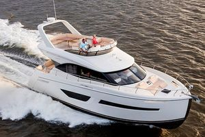 New Carver C52 Command Bridge Motor Yacht For Sale
