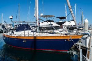 Used Nantucket 33 Mid-cockpit Cruiser Sailboat For Sale