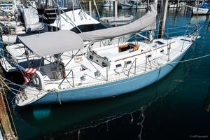 Used Hylas 42 Cruiser Sailboat For Sale