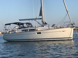 Used Jeanneau 36I Cruiser Sailboat For Sale