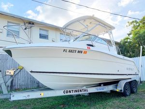 Used Robalo R225R225 Walkaround Fishing Boat For Sale