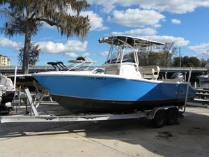 Used Nauticstar 2302 Legacy Center Console Fishing Boat For Sale