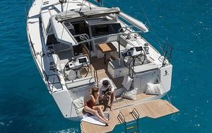 New Beneteau Sense 51 Cruiser Sailboat For Sale