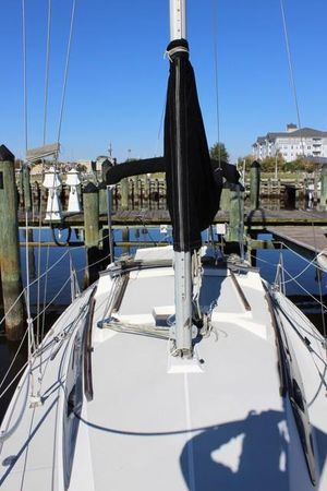 Used O'day 280 Sloop Sailboat For Sale