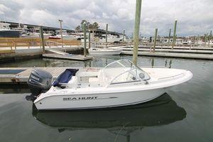 Used Sea Hunt 186 Escape Center Console Fishing Boat For Sale
