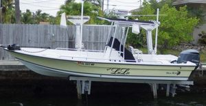 Used Sea King 238 Bay Boat Saltwater Fishing Boat For Sale