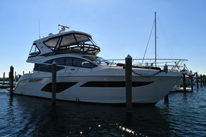 Used Sea Ray L550 FlyL550 Fly Motor Yacht For Sale