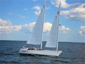 Used Freedom Pilot House Cruiser Sailboat For Sale