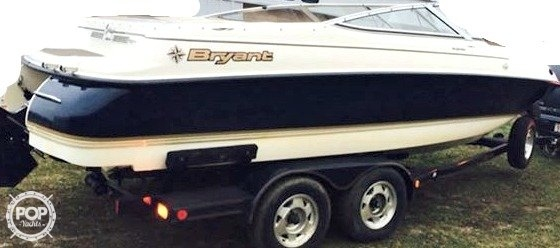 Used Bryant 214 BR Bowrider Boat For Sale