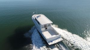 Used Lindell 42 Motor Yacht For Sale