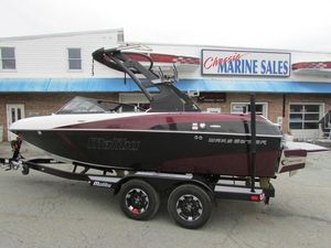 New Malibu Boats Wakesetter 20 VTXBoats Wakesetter 20 VTX Ski and Wakeboard Boat For Sale