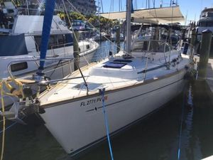 Used Bavaria 38 Ocean Center Cockpit Sailboat For Sale