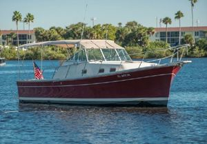 Used Mainship 30 Pilot Rum Runner Downeast Fishing Boat For Sale