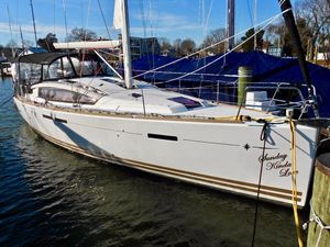 Used Jeanneau 44 Deck Saloon Cruiser Sailboat For Sale