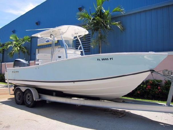 Used Regulator Forward Seating Center Console Boat For Sale