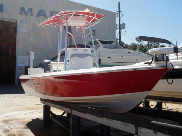 Used Blue Wave Pure Bay 2000 Center Console Boat For Sale