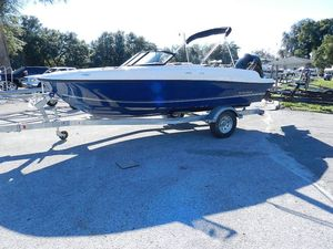 New Bayliner VR4 blueVR4 blue Deck Boat For Sale