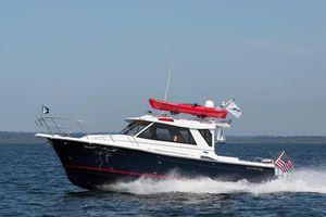 New Cutwater 28 Cuddy Cabin Boat For Sale
