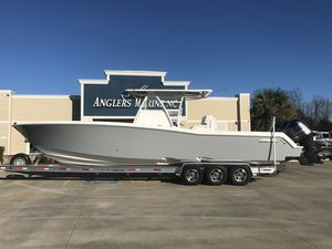 Used Invincible 3636 Center Console Fishing Boat For Sale
