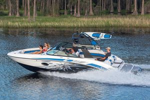 New Vortex 2430 VRX High Performance Boat For Sale