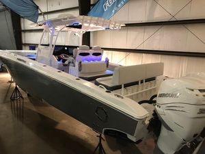 New Fountain 38CC Saltwater Fishing Boat For Sale